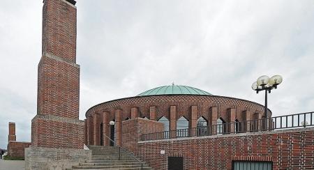 Tonhalle, by Adaptor-Plug (Flickr, CC)