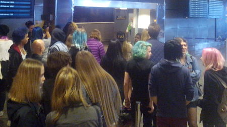 The crowd had amassed even before Jedward had landed at Arlanda (Photo: Ben Robertson)
